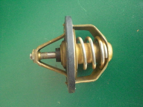 Cooling water thermostat   9132000356