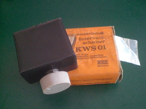 Intervall switch for wash and wiper system   122020888